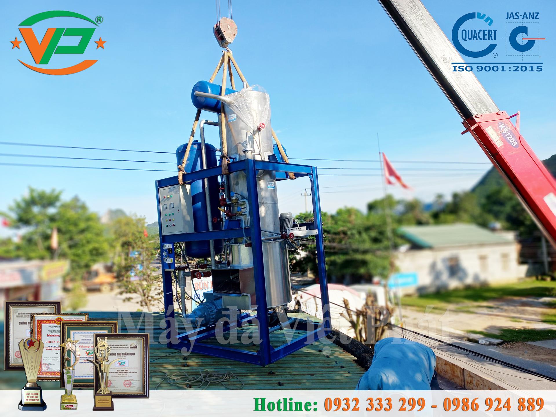 Việt Phát vận chuyển và lắp đặt máy làm đá viên